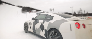 nissan GTR snow drift